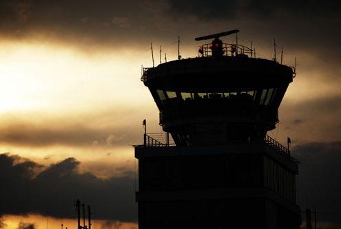 air-traffic-controller-500