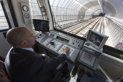 locomotive-engineer-500