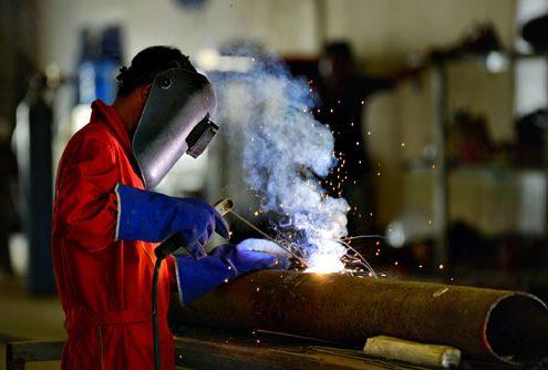 steel-worker-500