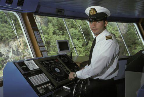 captain-500